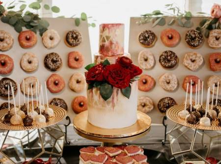 Wedding Caterers & Cakes