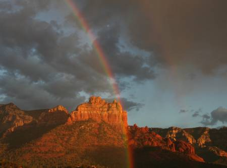 Rainbow over snoopy rock (1)